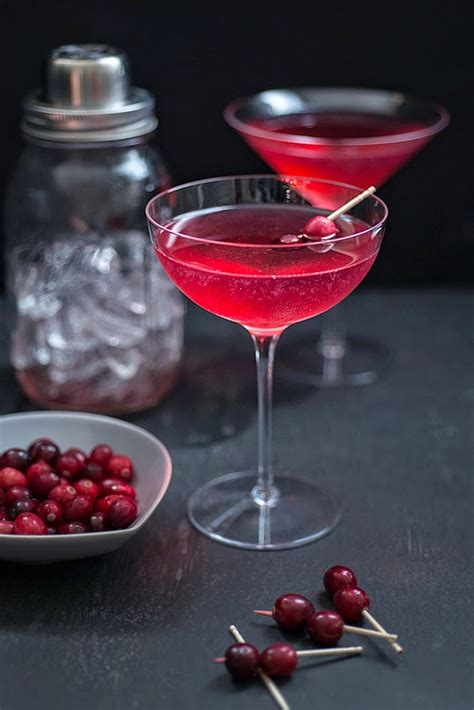 13 Scary Good Halloween Cocktails - Party Inspiration