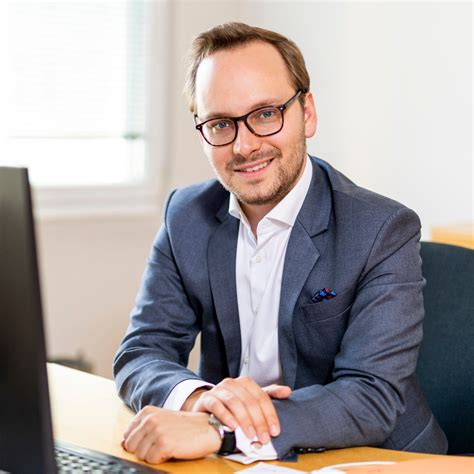Markus Bruck - Manager | International Tax Services - EY
