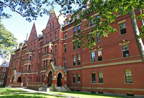 The Kid's First College Visit: Harvard University in