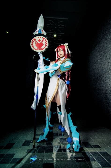 Erza Scarlet, Lightning Empress Armor by ~fritzfusion on