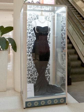 - Mannequin Display Cabinets