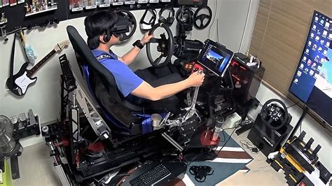 It's Ok to Be Jealous of This $25,000 VR Racing Rig, We