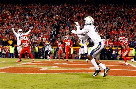 Chargers Get Bold and Beat Chiefs on 2-Point Conversion