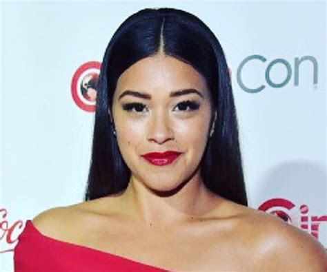 Gina Rodriguez Biography - Facts, Childhood, Family